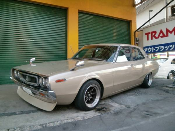 1976 Nissan Skyline HT 2000 GT-R specifications